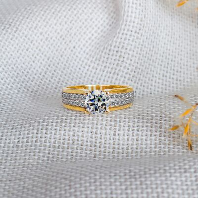 Double row solitaire woman engagement rings Lustrous